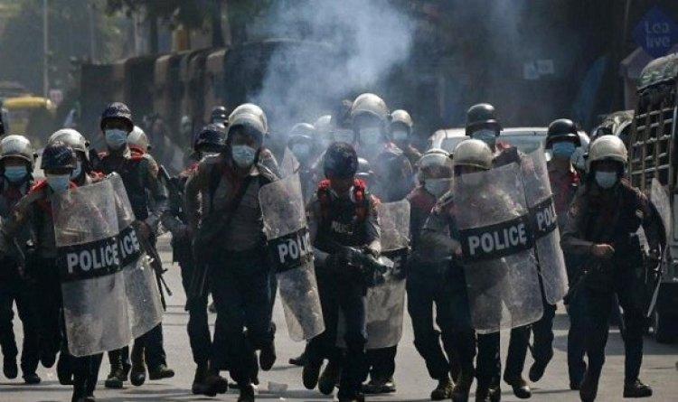 استمرار المظاهرات في ميانمار بعد يومين من القمع الأكثر دموية منذ الانقلاب
