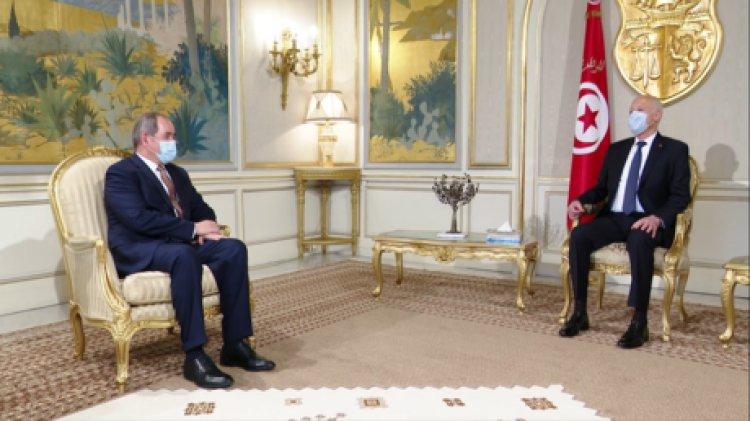 قيس سعيد: التنسيق مع الجزائر خيار ثابت ومبدأ راسخ
