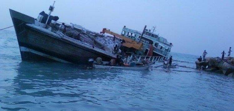 غرق أكبر سفينة تابعة للبحرية الإيرانية