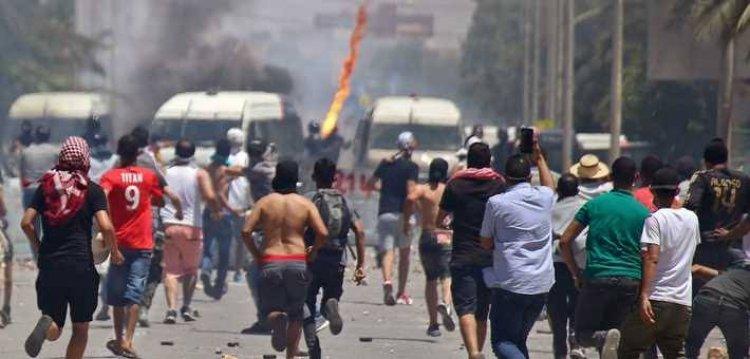 """مظاهرات في تونس مناهضة لحكومة المشيشي ولحركة """"النهضة"""""""