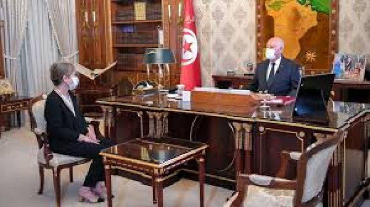 الحكومة التونسية تؤدي اليمين الدستورية أمام الرئيس قيس سعيد